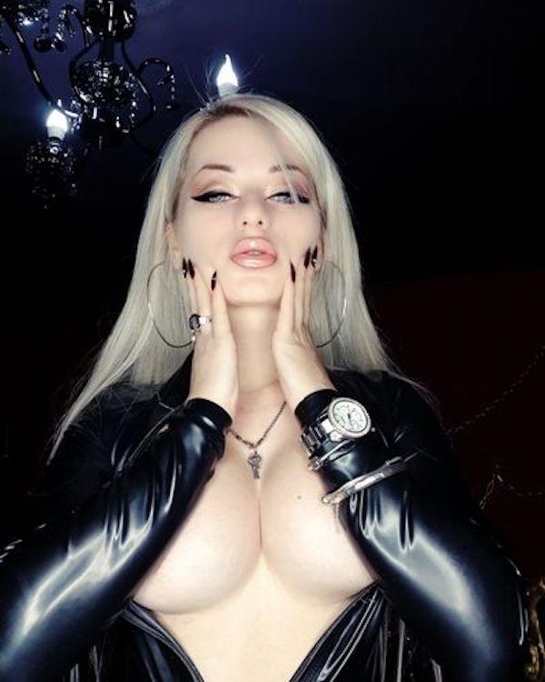 Mistress Sarah Dom annoncerer London Femdom Sessions Hogspy-3393