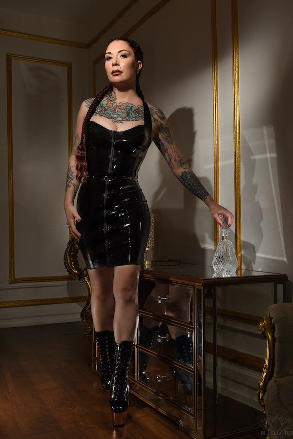 Boston BDSM With Miss Victoria Cayne